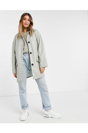 ASOS DESIGN Oversized faux leather quilt lined shacket in grey-Green