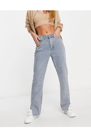 Missguided Straight jean with side split in light wash blue