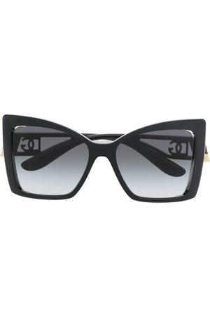 Dolce & Gabbana Oversize-frame logo-plaque sunglasses