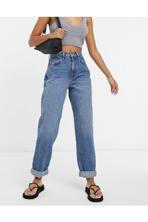 ASOS High rise 'slouchy' mom jean in midwash-Blue