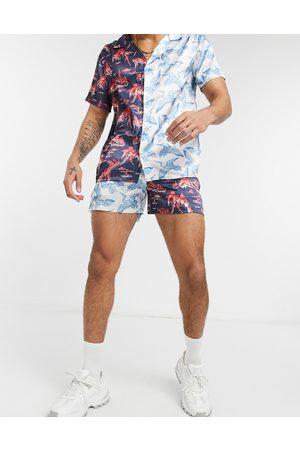 Urban Threads Homem Calções - Birds and mountains print satin shorts co-ord-Multi