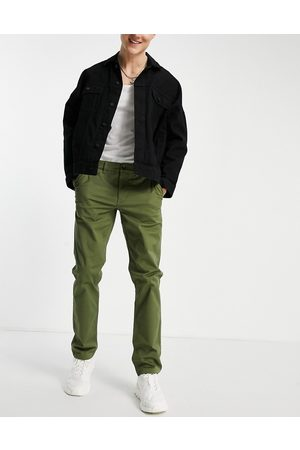 New Look Slim chino trousers in khaki-Green