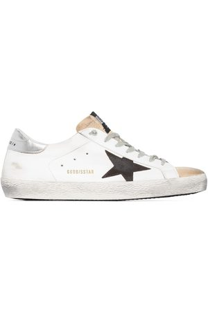Golden Goose Homem Ténis - Superstar distressed sneakers