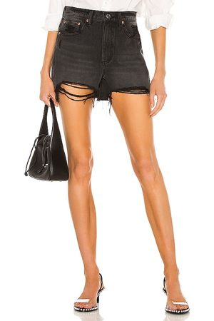 Pistola Maeve Super High Rise Cut Off in - Black. Size 24 (also in 26, 25, 27, 28, 29, 30, 31).