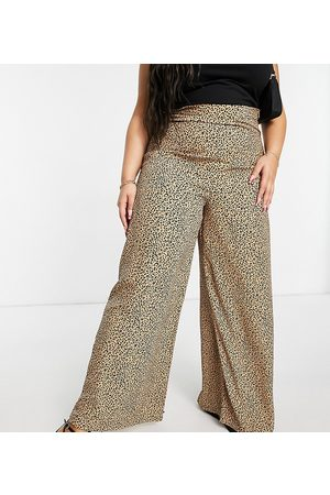 Glamorous Wide leg high waisted trousers in leopard print-Multi