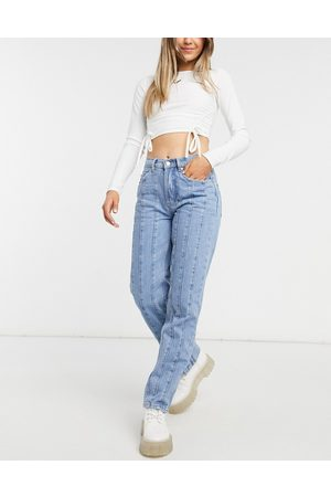 ASOS Mid rise straight leg jean with seams in midwash-Blue