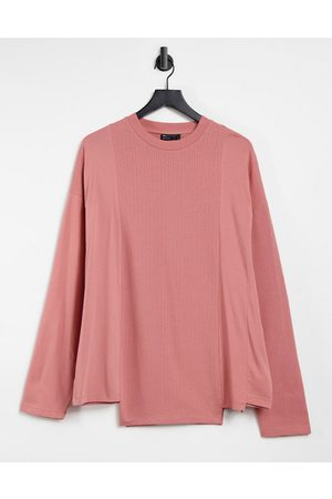 ASOS Long sleeve oversized contrast t-shirt in blush pink-Red
