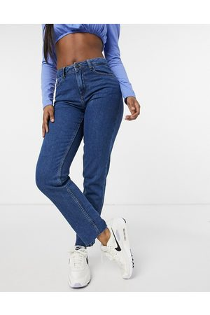 Noisy May Lizzi straight leg jeans in authentic blue wash