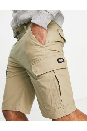 Dickies Millerville shorts in khaki-Green