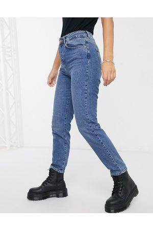 Noisy May Premium Isobel mom jeans with high waist in mid blue
