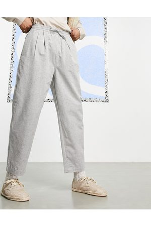 ASOS Wide fit ankle grazer trousers in salt and pepper fleck-Grey