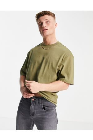 River Island Oversized t-shirt in khaki-Green