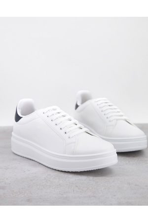 ASOS DESIGN Homem Sapatos desportivos - Trainers with chunky sole and contrast heel in white