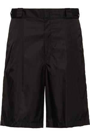 Prada Homem Bermudas - Re-Nylon logo plaque shorts