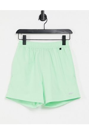 ASOS Icon training shorts in mid length with quick dry-Green