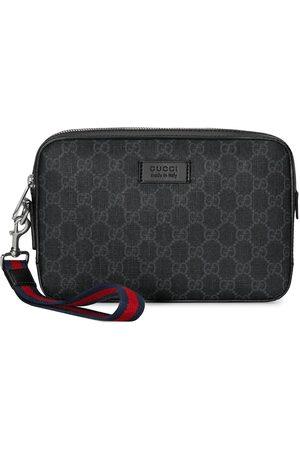 Gucci GG Supreme wash bag