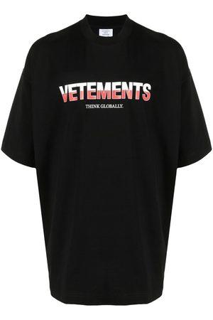 VETEMENTS Homem T-shirts & Manga Curta - Logo-print cotton T-shirt