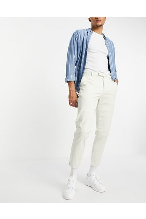 New Look Pleated chino trousers in off white