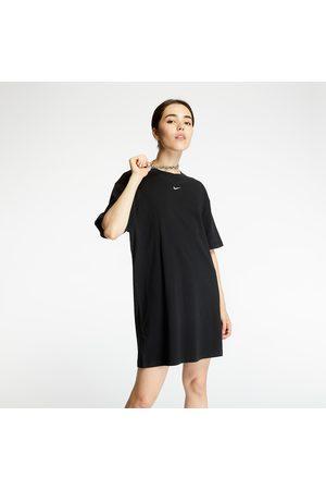 Nike Sportswear Essential Dress / White