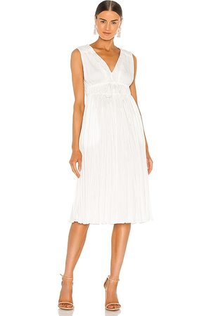 REBECCA TAYLOR Sleeveless Broomstick Pleating Dress in - White. Size 0/XS (also in 2/S, 4/M, 6/L).