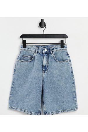 Reclaimed Vintage Inspired 90's baggy denim short in dirty bleach wash-Blue