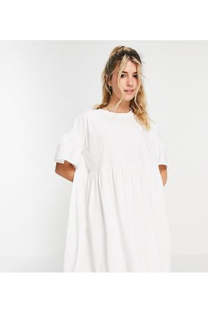 In The Style Senhora Vestidos de Verão - X Olivia Bowen exclusive smock dress with fluted sleeves in white