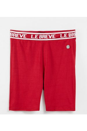 Le Breve Plus lounge co-ord shorts in red