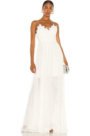 heartLoom Sandra Gown in - Ivory. Size L (also in XS, S, M).
