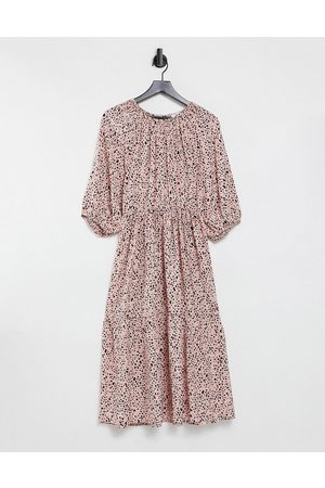 & Other Stories Senhora Vestidos Casual - Open back tiered midi dress in pink floral