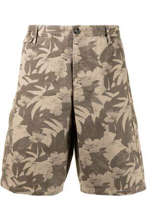 PT01 Leaf-print bermuda shorts