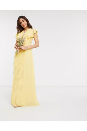 TFNC Bridesmaid lace detail maxi dress with flutter sleeve in lemon-Yellow