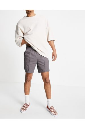 ASOS Skinny chino shorts with elastic waist and pin tuck in charcoal-Grey