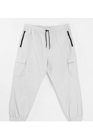 New Look Relaxed fit tech jogger in stone-Neutral