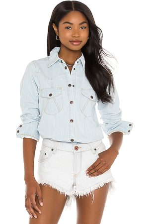 One Teaspoon Fitted Denim Shirt in - Blue. Size L (also in XXS, XS, S, M).