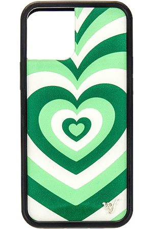 Wildflower 12/12 Pro Case in - Green. Size all.