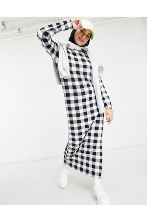 ASOS Long sleeve maxi t-shirt dress in black and white gingham print