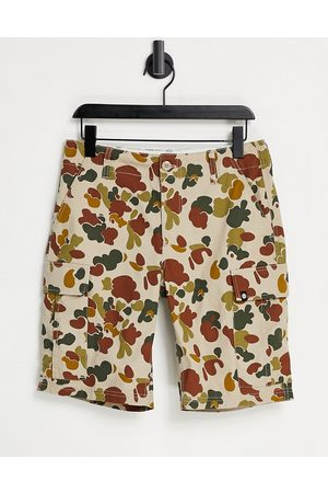 Element Cargo camo shorts in brown