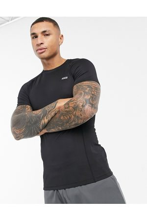 ASOS Homem T-shirts desportivas - Icon muscle fit training t-shirt with quick dry in black
