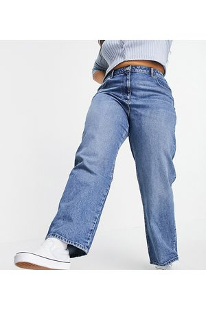 COLLUSION Plus x005 90s straight jeans in midwash blue