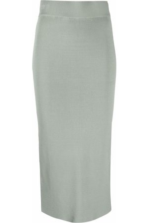 12 STOREEZ Knitted pencil skirt