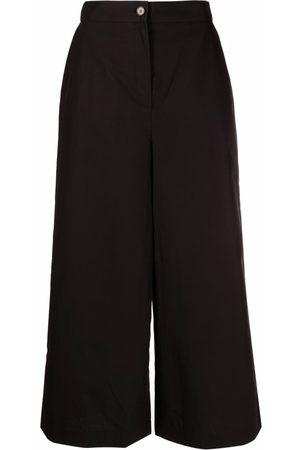 12 STOREEZ Cropped wide-leg trousers