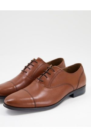 ASOS Oxford shoes in tan leather with toe cap-Brown