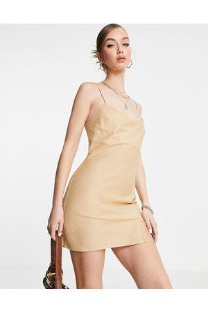 ASOS DESIGN Senhora Vestidos de Verão - Linen cami mini sundress in stone-Neutral