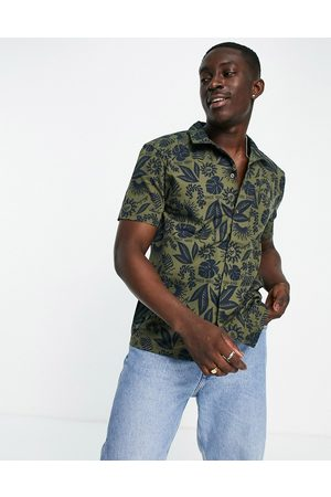 New Era Homem Manga curta - Co-ord revere shirt with in green with navy floral print-Multi