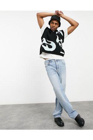 ASOS DESIGN Straight leg jeans in vintage light wash-Blue