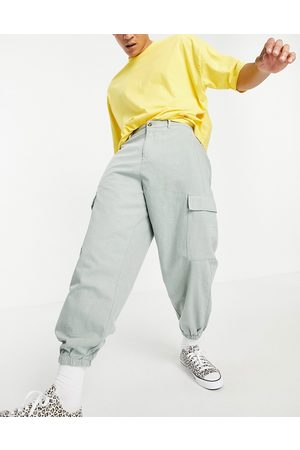 ASOS Oversized tapered trousers with cargo pockets-Green