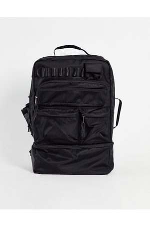 ASOS Homem Mochilas - Backpack in black nylon with multi pockets and laptop compartment 30 Litres