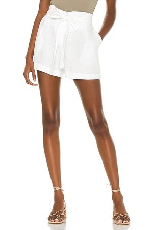 L'Agence Hillary Paperbag Short in - White. Size 25 (also in 26, 28, 27, 29).
