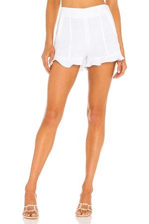 1. STATE Senhora Acessórios de Cabelo - Ruffle Hem Short in - White. Size 10 (also in 0, 2, 4, 6, 8).