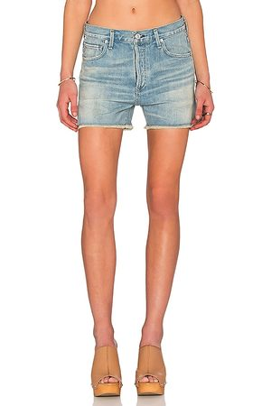 Citizens of Humanity Corey Premium Vintage Relaxed Short in . Size 24 (also in 25, 26, 27, 28, 29, 30).